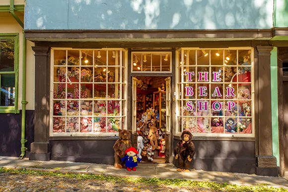 exterior view shopfront the bear shop