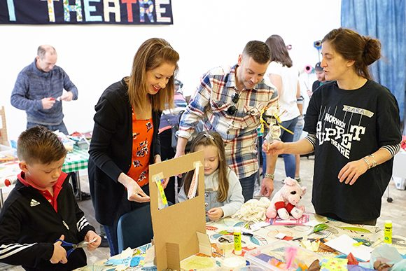norwich puppet theatre Family puppet making