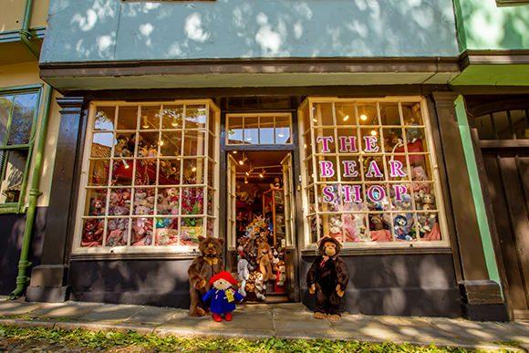 outside the bear shop norwich
